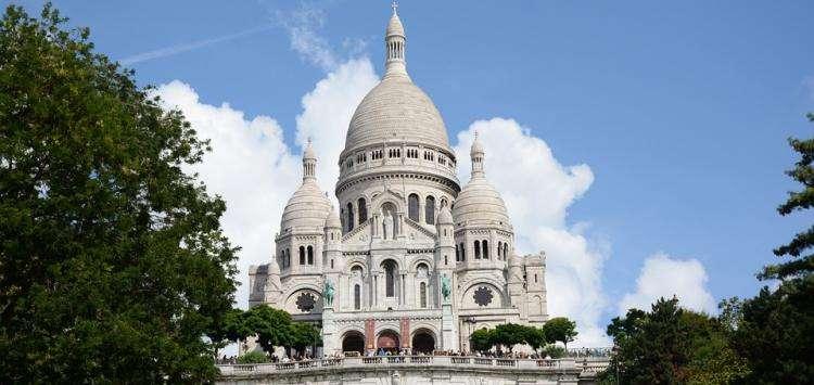 Adventures in Montmartre; exploring picturesque Paris