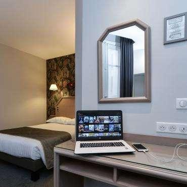 Hôtel du Pré - chambre double à grand lit