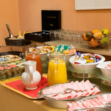 Résidence du Pré - the breakfast buffet